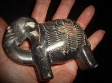 COLLECTABLE SMALL ELEPHANT BLACK ORNAMENT WITH BODY CARVED DESIGN SOAPSTONE ?